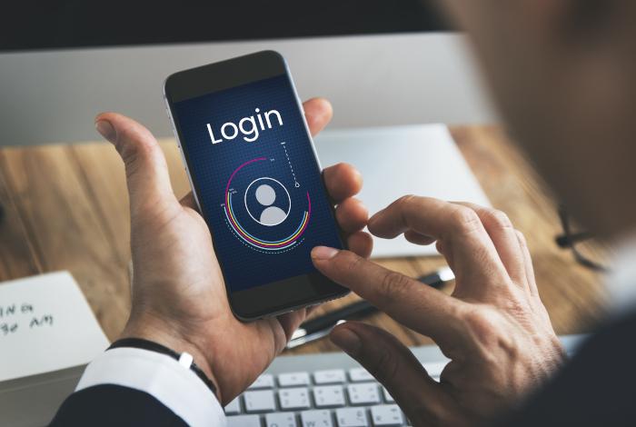 Artikel Im Netz surfen mit nur einem Klick – Vorteile von Social WiFi