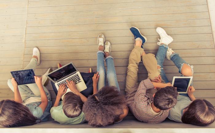 Artikel DigitalPakt Schule – WLAN und Fördergelder für Schulen im Land